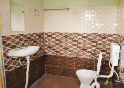 Bardia Kingfisher bathroom